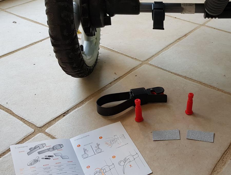 Contenu du kit de connecteur pour planche Lascal MAXI