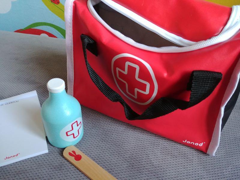 choisir une valise de docteur pour enfant
