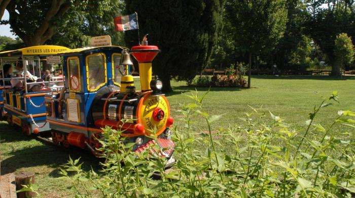 Petit train du parc Olbus Riquier à Hyères